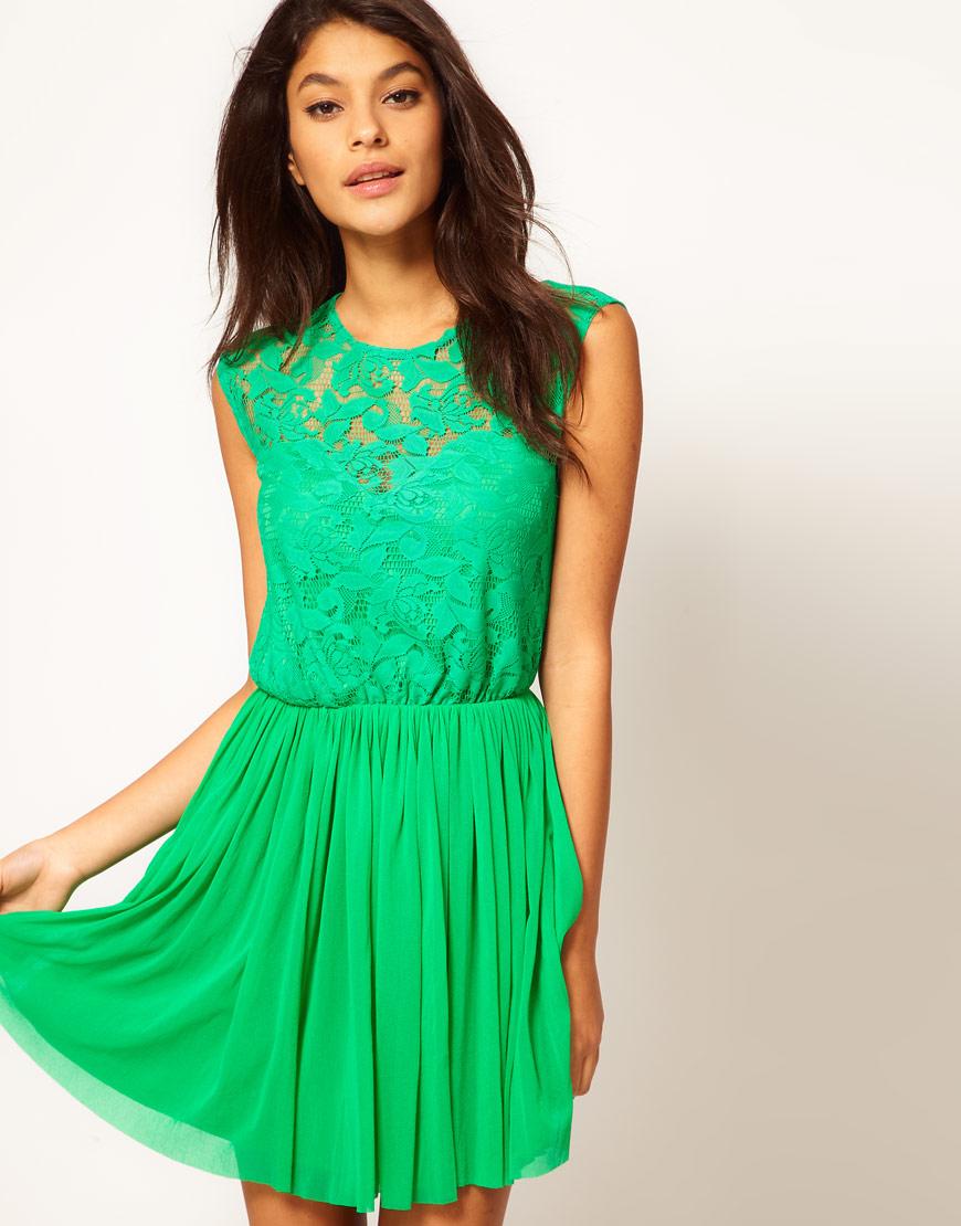 Зеленое платье с кружевом короткое ...: www.f-brands.ru/241493-zelenoe-plate-s-kruzhevom-korotkoe